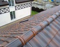 Отремонтированный конек крыши