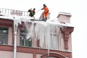 Чистка крыш от снега компания СК Про-Элит